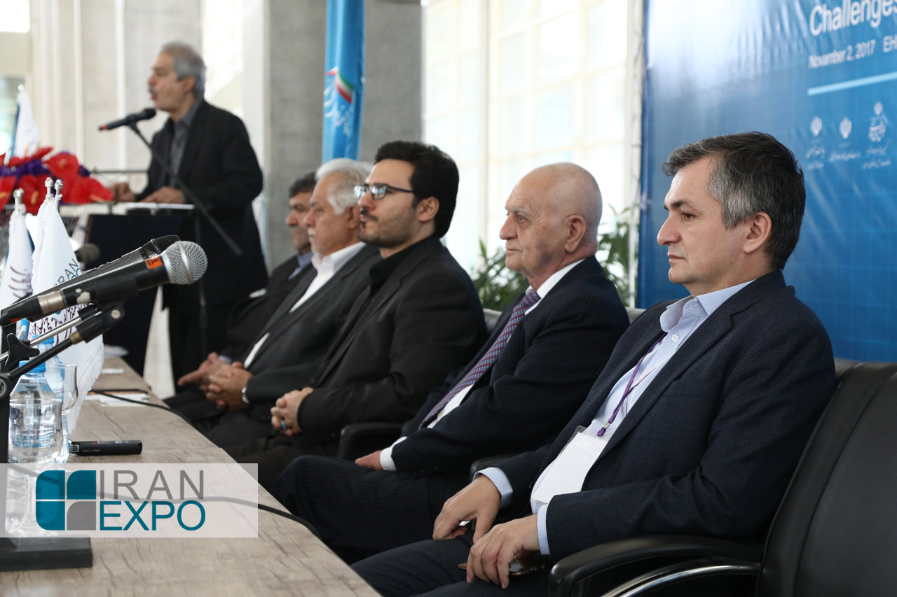 دیپلمات جمهوری آذربایجان: ایران نسبت به 38 سال گذشته در زمینه های مختلف بسیار پیشرفت کرده است و پیشرفت ایران آرزوی کشورهای منطقه است.