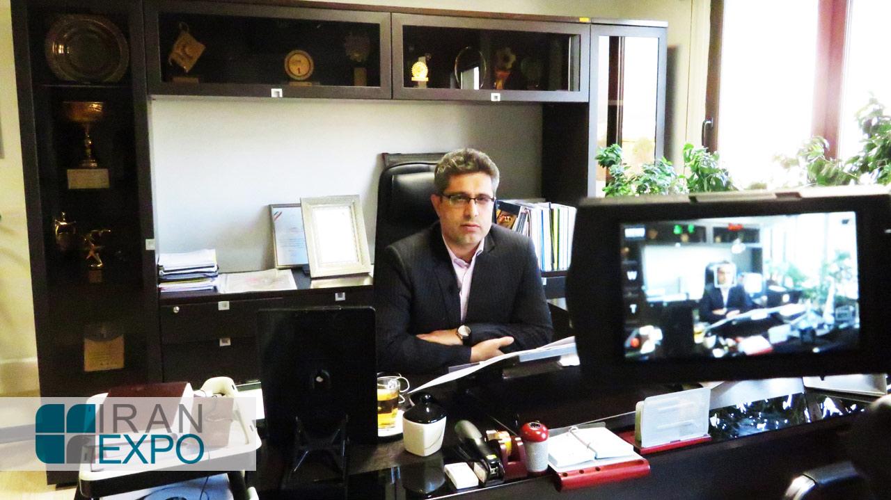 قنبری: شرکت شهرک های صنعتی استان تهران با برگزاری دوره های آموزشی، بازدید تجار خارجی از واحدها و همچنین نشست های B2B میان واحدهای صنعتی و تجار خارجی در رسالت ایران اکسپو سهیم خواهد بود.